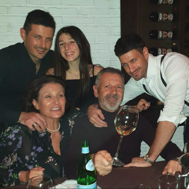 Molli Family